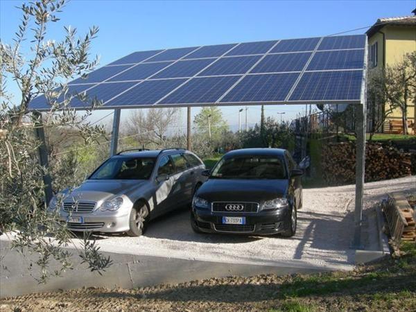 Pensilina Fotovoltaica 2 Montanti standard installata a Montefalco (PG)